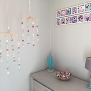 decoration cambre bebe fille rose lila gris-cadeau de naissance