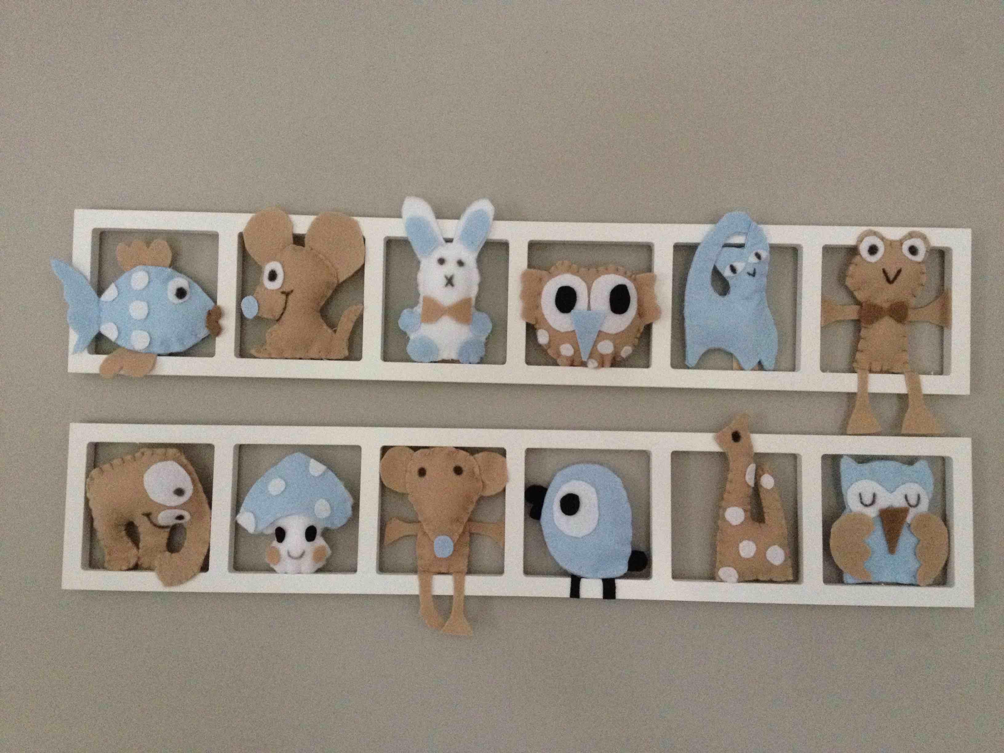 Decoration Chambre Enfant Personnalisée Chambre Bebe . Figurines Bleu Beige  Pastel. Sur Mesure.