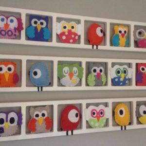 cadre mural decoration chambre enfant avec hiboux multicolores