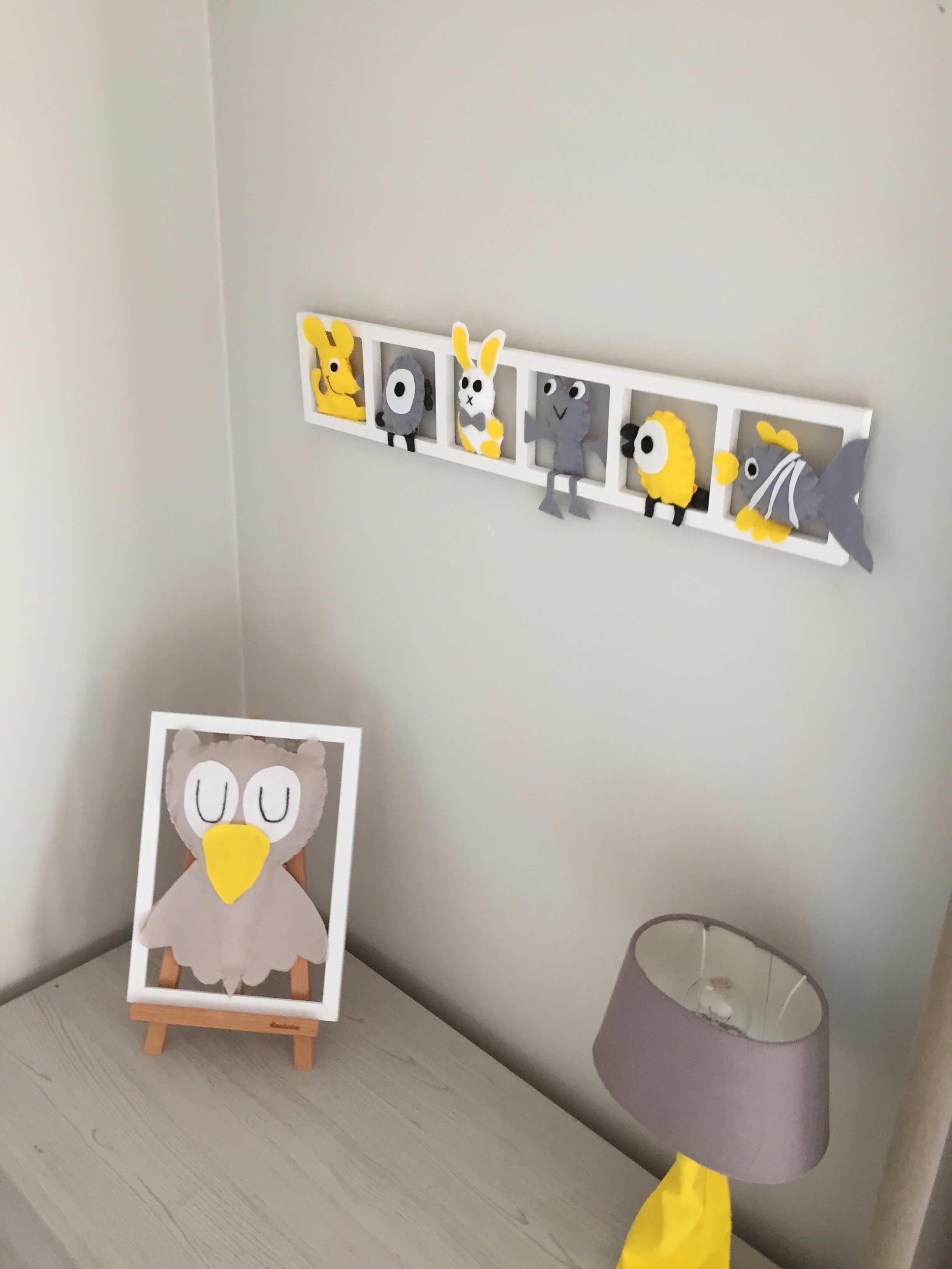 DECORATION CHAMBRE « LITTLE SUNSHINE», tons gris jaune blanc, BICHAT 15