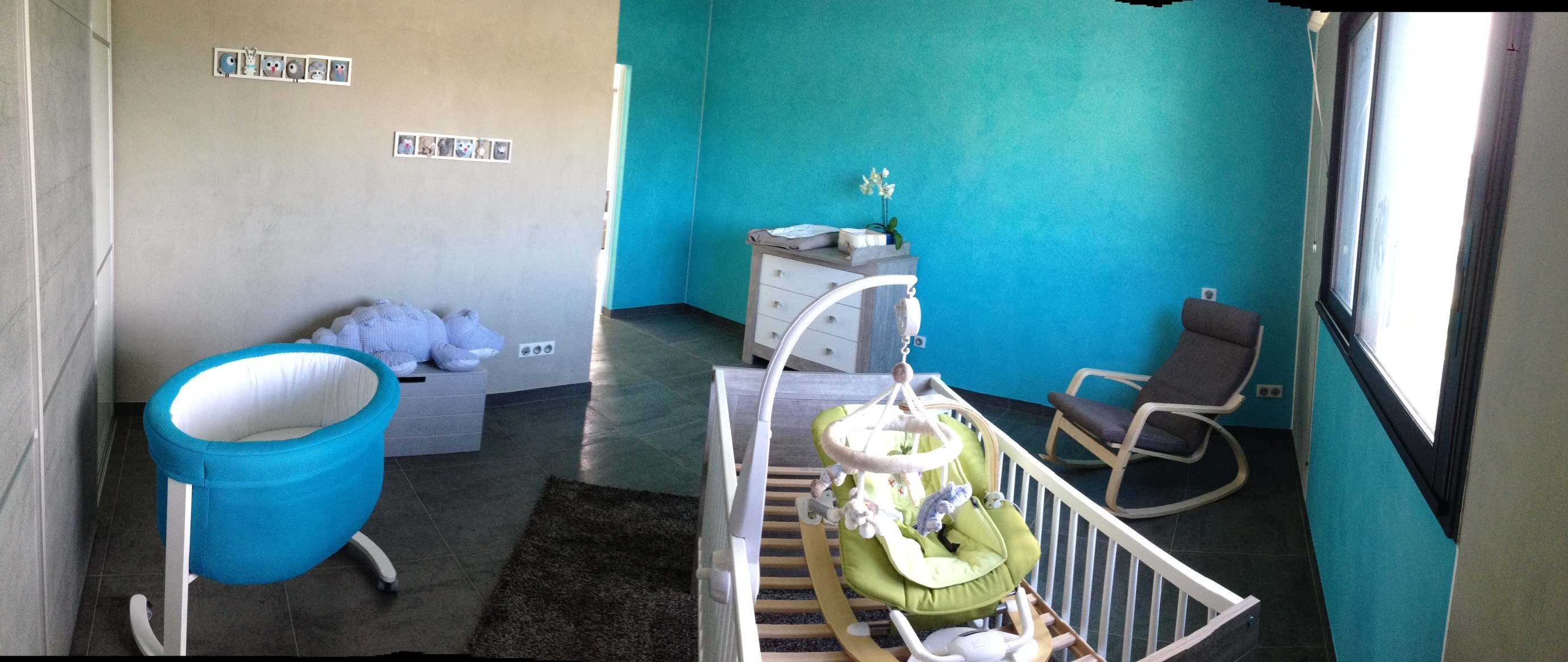 d coration murale chambre b b figurines maisons bleues. Black Bedroom Furniture Sets. Home Design Ideas