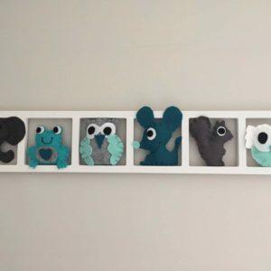 cadre deco chambre animaux gris et bleu en feutrin