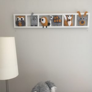 decoration chambre bebe gris motarde